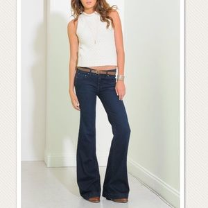 Free people kick flare jeans mid wash size 29